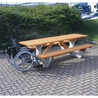 Sobreda Picnic Table (10 Seater)